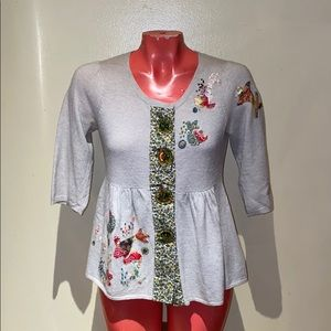 Anthropologie - HWR sweater floral embroidered top